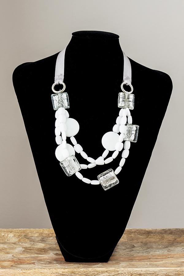 Collar de ónice blanco y cristal de Murano