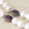 Collar de perla cultivada con cristal facetado y plata con circonitas.