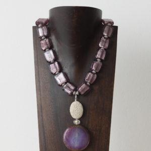 Collar de cristal de Murano, cuarzo, piedra volcánica y plata